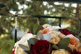 A Romantic wedding with roses!